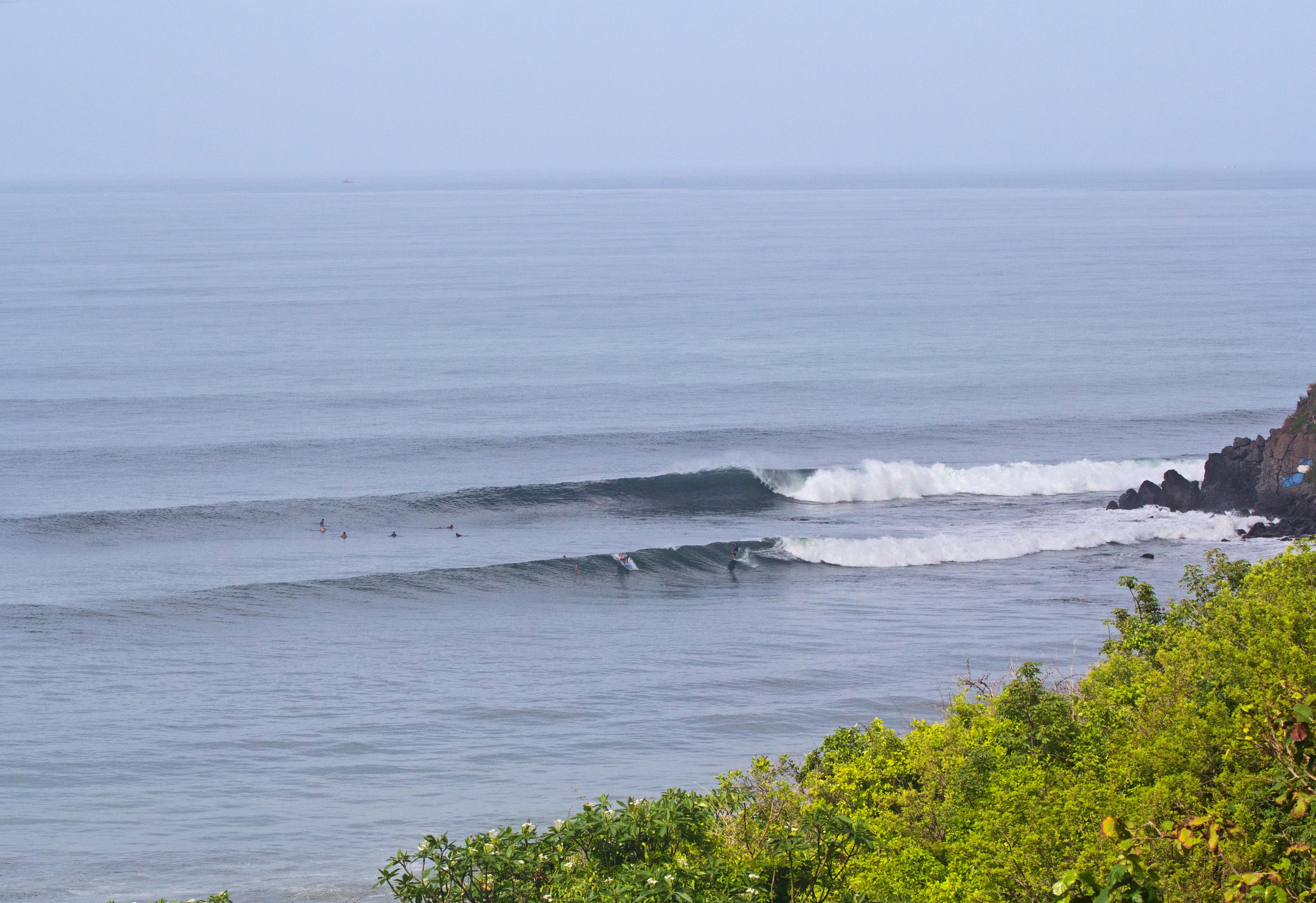 Best Beaches in El Salvador Expert Guide to Traveling Surfing in