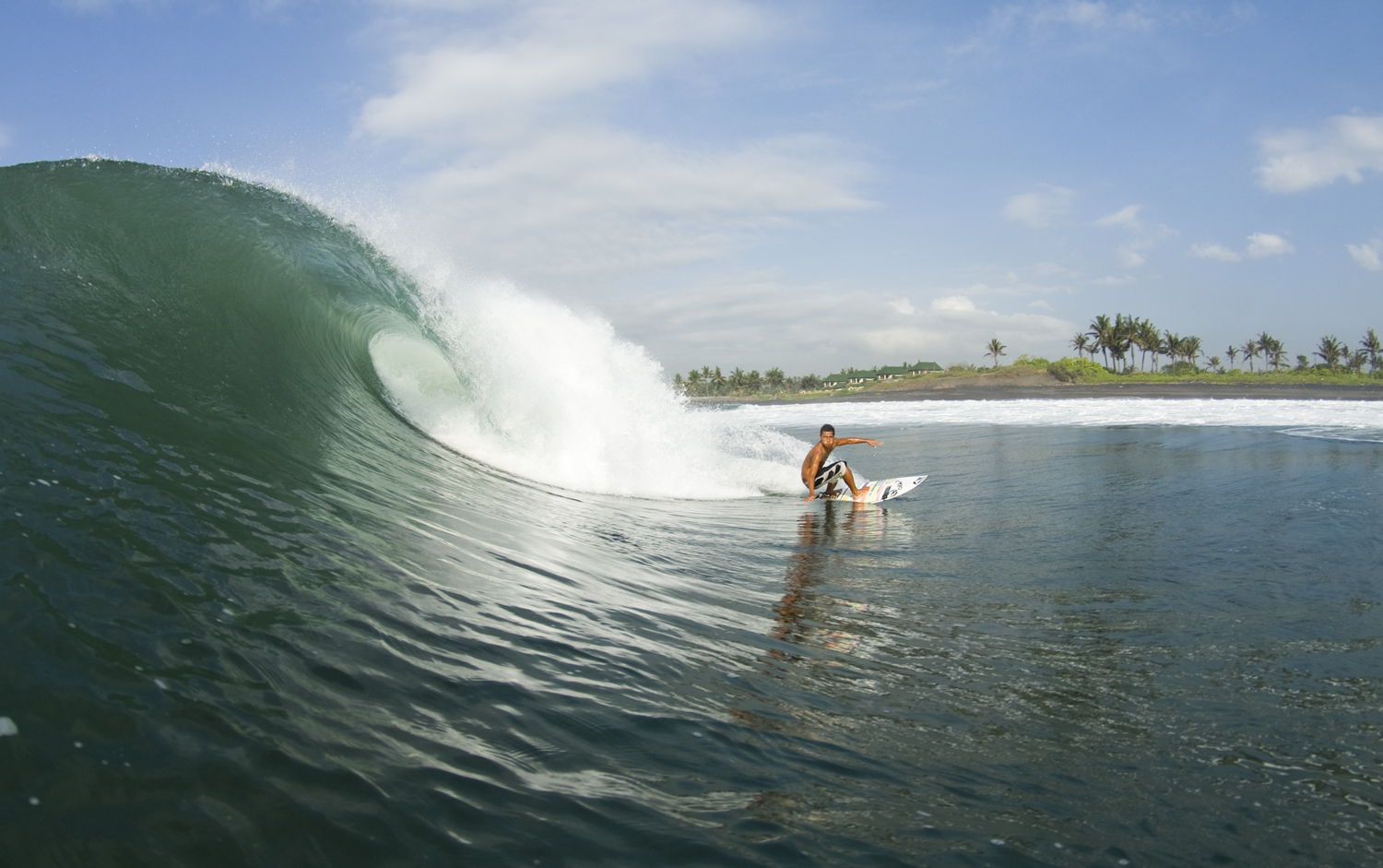 Everything you need to know about the rippable righthand Bali break, Keramas.  - Surfline