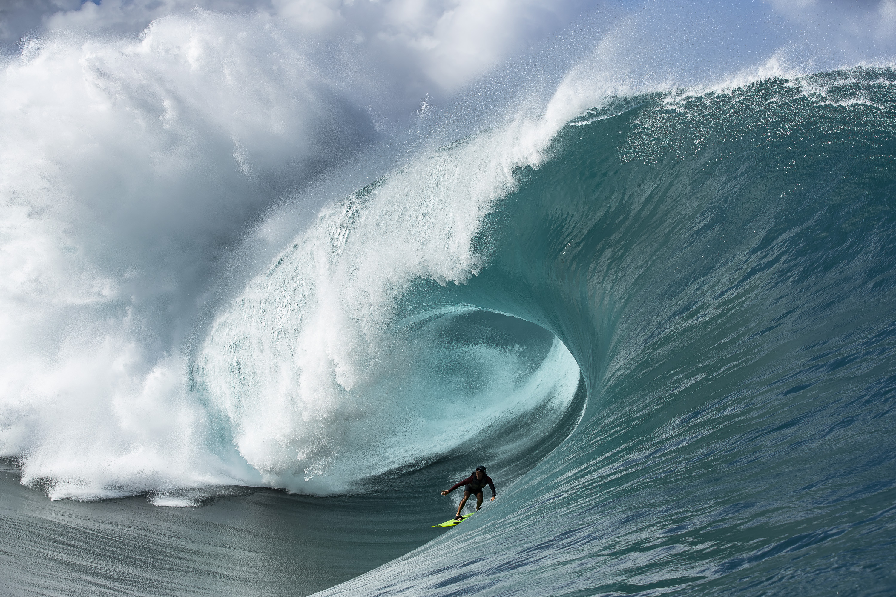 Gallery: Maxing Teahupoo From The Channel