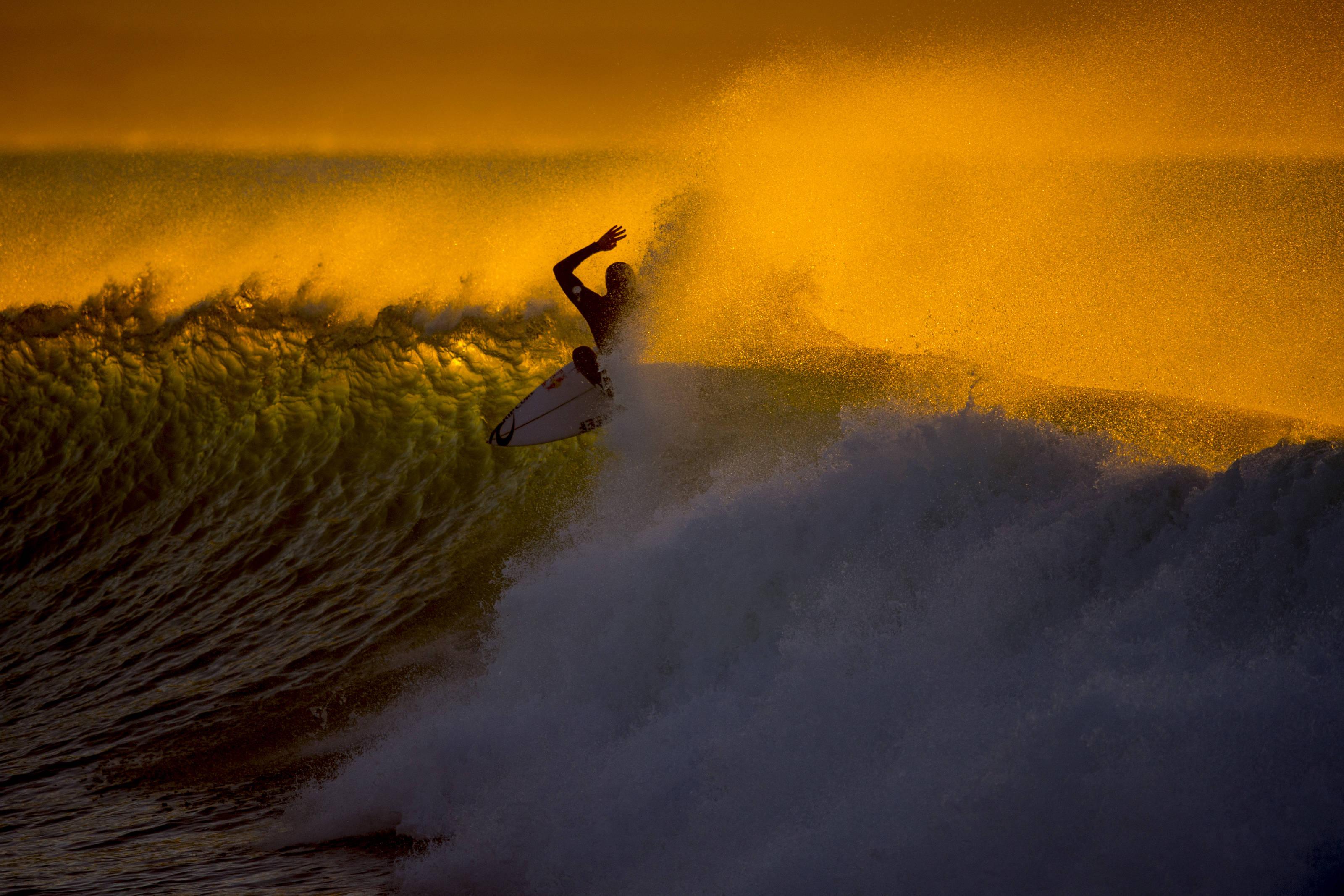 SURFLINE COM | Global Surf Reports, Surf Forecasts, Live