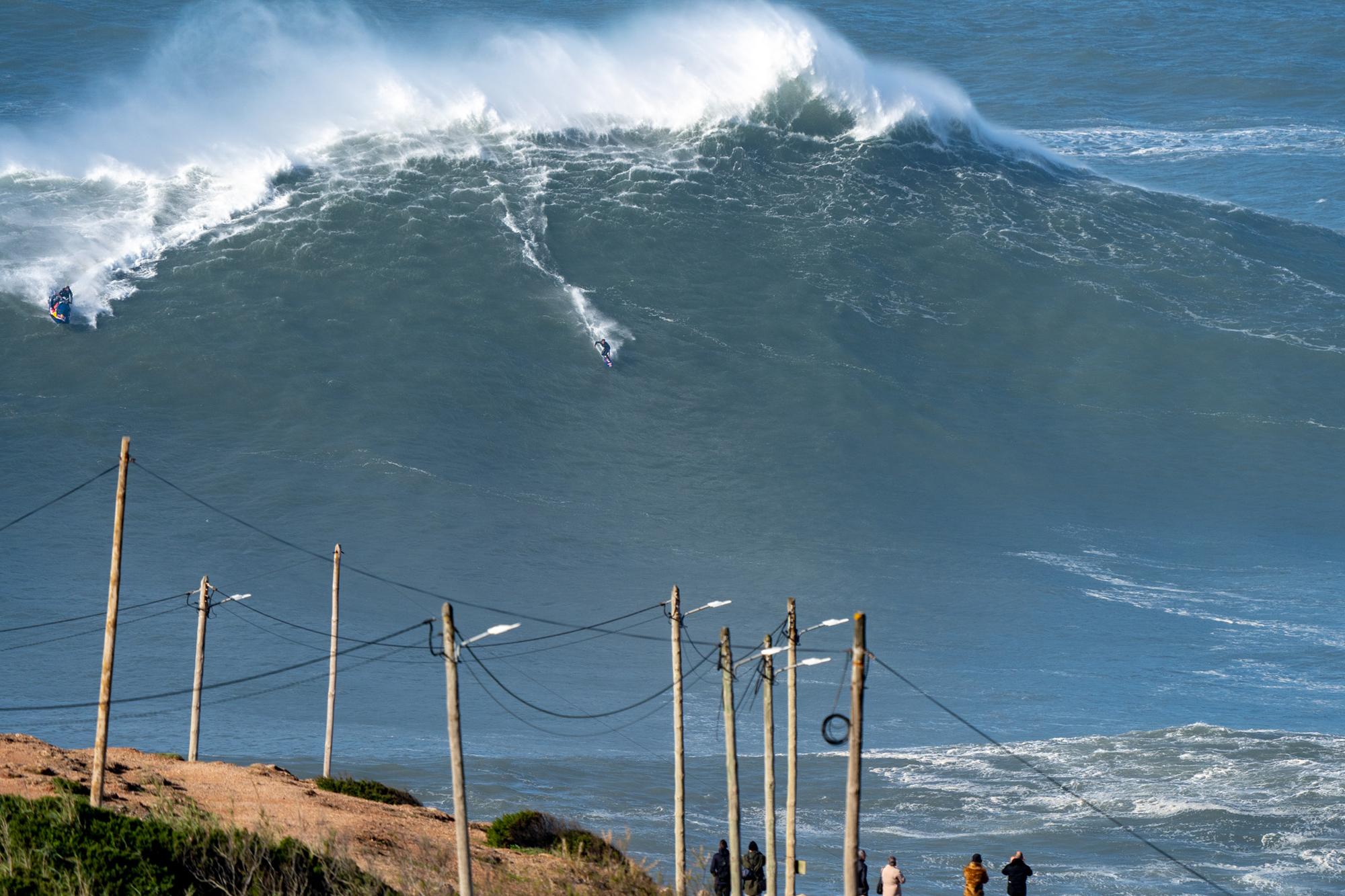 water temp in corona del mar